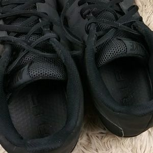 Nike Shoes - Nike Air Men Sneakers SZ 10